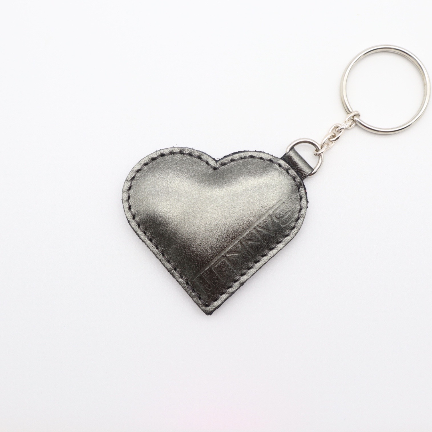 LEATHER HEART KEYCHARM METAL